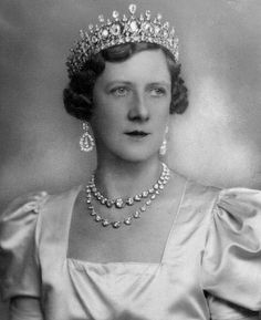 Alexandra, The Duchess of Fife wearing the Fife tiara.   Alexandra was allowed to become the The Duchess of Fife in her own right by Queen Victoria when it became apparent that her parents, The Duke and Duchess of Fife, were not going to have a son to carry on the title. Alexandra's only son died in 1943 before he could inherit his mothers title, so when Alexandra died in 1959, the title passed to her nephew, the current Duke of Fife.