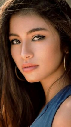 Celebrities with natural beauty Most Beautiful Faces, Beautiful Asian Women, Beautiful Eyes, Stunning Women, Pictures Of Beautiful Women, Very Beautiful Woman, Absolutely Stunning, Girl Face, Woman Face