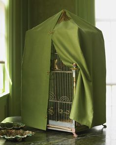 Create a beautiful cover for your birdcage with this simple sewing project.