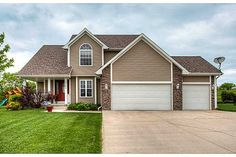 4785 Windsor Cir, Pleasant Hill, IA 50327. 5 bed, 4 bath, $285,000. Over 2400 sq ft of f...