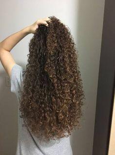 33 Ideas Hair Wavy Styles Beauty in 2020 Long Thin Hair, Curls For Long Hair, Long Curly Hair, Wavy Hair, Her Hair, Curly Hair Styles, Permed Hairstyles, Pretty Hairstyles, Stylish Hair