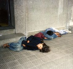 Our homeless and hungry brothers in Berlin, Germany 🇩🇪 Poor Children, Save The Children, We Are The World, People Of The World, World Poverty, Bless The Child, Homeless People, Helping The Homeless, Dear God