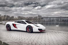 Perhaps best known for the one-off the McLaren Special Operations division offers a full range of custo. Mclaren Cars, Mclaren Mp4, Mp4 12c, Top Cars, Car Engine, Car Manufacturers, Amazing Cars, Car Car, Car Pictures