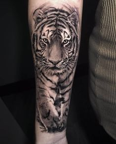 Tiger 🐯 🐯 🐯 tattoo by lion head tattoos, dad tattoos, tig Tiger Tattoo Images, Mens Tiger Tattoo, Tiger Face Tattoo, Tiger Tattoo Sleeve, Big Cat Tattoo, Lion Head Tattoos, Tiger Tattoo Design, Tattoo Designs, Tattoos Arm Mann