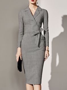 Buy Fold-Over Collar Plaid Bodycon Dress online with cheap prices and discover fashion Bodycon Dresses at fashionme to be fashionable now. Polka Dot Bodycon Dresses, Bodycon Dress Formal, Cheap Fashion, Womens Fashion, Fall Fashion, Trendy Fashion, Fashion Models, Latest Fashion, Long Sleeve Midi Dress