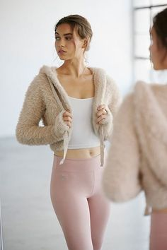 SHOP THE LOOK - Fuzzy Jacket, cute workout clothes and outfit ideas for fall fashion and fitness style, free people leggings, yoga pants