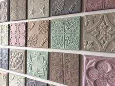 Wanddecoratie gemaakt van wandpanelen van #metaal. deze combinatie