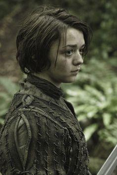 Game Of Thrones Season 3 Previews http://gameofthrones.mobi/ game-of-thrones-season-3-maisie-...
