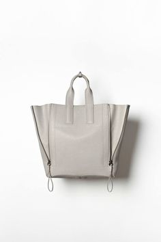 Pashli Large Tote in Feather