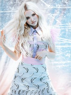 Dove Cameron // @sophanatic