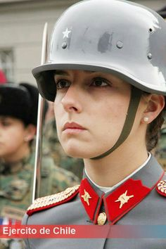 Chile army woman ejercito Idf Women, Military Women, Military History, Best Uniforms, Girls Uniforms, Chile Girls, Military Dresses, Military Girl, Military Jacket