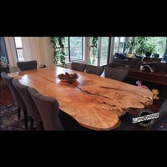 Another beautiful dining table full of warm grain, deep tones and a timeless rustic feel. Dinning Table Rustic, Dinning Room Tables, Wooden Dining Tables, Farmhouse Table, Wood Table, Custom Furniture, Wood Furniture, Country Cabin Decor, Building Furniture
