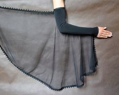 Elegant GOTHIC VAMPIRE costume Victorian Evening gloves Glamour long GLOVES with mistic floune, frill, black tulle, fingerless mittens Gothic Vampire Costume, Vampire Costumes, Sleeves Designs For Dresses, Sleeve Designs, Blouse Designs, Elegant Gloves, Long Gloves, Black Evening Dresses, Indian Designer Wear