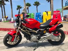 2017 Ducati Supersport 2017 Red Ducati SuperSport Pristine condition All Dealer Serviced 1100 Miles Ducati Supersport, Ducati Superbike, Ducati 696, Super Sport, Cool Suits, Conditioner, Motorcycle, Red, Motorcycles