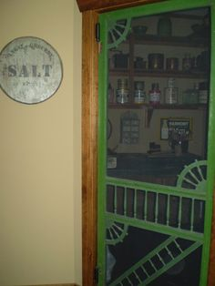 old screen door to pantry What a beautiful screen door and a beautiful color green! Screen Door Pantry, Old Screen Doors, Hearth And Home, Painted Chandelier, Grandmas House, Rustic Country Home, Prim Decor, Old Doors, Porch Windows