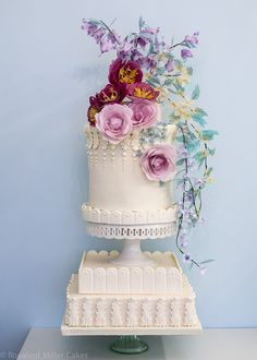 Summer Flowers Wedding Cake | Rosalind Miller