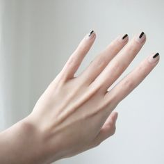 Minimalism nails | YOU ARE WHAT YOU WEAR