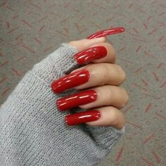 Long acrylic nails and sexy pedicures Long Red Nails, Long Fingernails, Shiny Nails, Long Acrylic Nails, Hot Nails, Hair And Nails, Perfect Nails, Gorgeous Nails, Pretty Nails