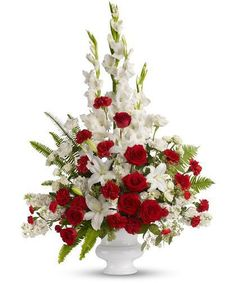 Send sympathy and funeral flowers from a real Glendale, CA local florist. Verdugo Florist has a large selection of gorgeous floral arrangements and bouquets. We offer same-day flower deliveries for sympathy and funeral flowers. Altar Flowers, Church Flowers, Funeral Flowers, Silk Flowers, Wedding Flowers, Fresh Flowers, Arrangements Funéraires, Funeral Flower Arrangements, Flores Do Altar