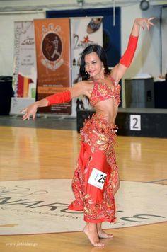 Χορεύτρια oriental Alexandra