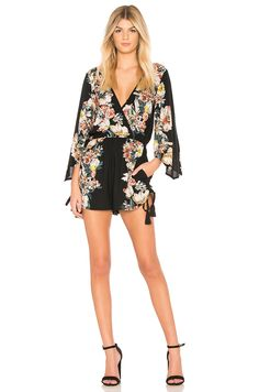 96082c251d2124 online shopping for Band Gypsies Vintage Floral Surplice Romper from top  store. See new offer for Band Gypsies Vintage Floral Surplice Romper