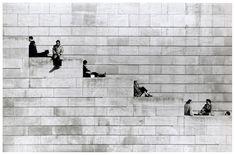 by Robert Doisneau ロベール・ドアノー / La diagonale des marches (Diagonal Steps) Paris 1953 Robert Doisneau, Famous Street Photographers, French Photographers, Old Photography, Street Photography, Contrast Photography, Monochrome Photography, People Photography, Musée Rodin