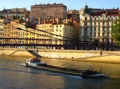 Lyon - La Croix-Rousse — Wikipédia