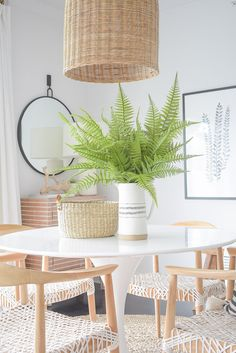 I'm back today to finally share my summer dining room tour with you along with some tips for adding natural summer decor to your space for the season Coastal Bedrooms, Room Tour, E Design, Design Styles, Design Ideas, White Decor, Decoration, Room Interior, Room Decor