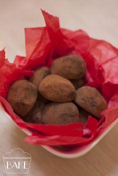 Salted Mudslide Cookies: Salty, sweet, boozy chocolate cookies | Tasty ...