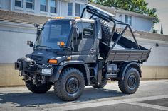 5k-Mile 2003 Mercedes-Benz Unimog U500 for sale on BaT Auctions - ending August 21 (Lot #35,442) | Bring a Trailer Hydraulic Winch, Hydraulic Cylinder, Mercedes Benz Unimog, Mercedes Benz Trucks, Teenage Engineering, Music Machine, Unique Cars, Classic Cars Online, Best Anti Aging