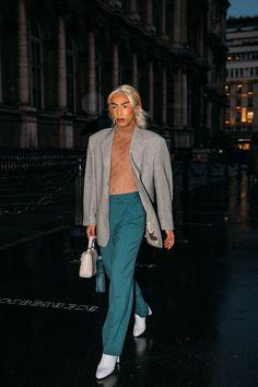 Cool Street Fashion, Paris Fashion, Street Style, Fembois, Normcore, Vogue Paris, Milan, Legs, Spring