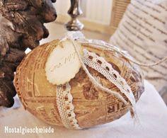 Osterei im Shabby-Stil von Nostalgie-Schmiede auf DaWanda.com