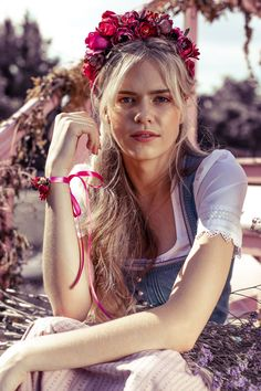♔ a beautiful thing is never perfect. Blond, Gothic, Bandeau Top, Design Your Own, Flower Crown, Get The Look, Bikini Girls, Sexy, Beachwear