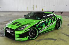 Modified Nissan GT-R 2010 Pictures ! A beautiful and Fabulous Nissan in Green Colour. Nissan Gtr R35, Gt R, Skyline Gtr, Nissan Skyline R35, Tuner Cars, Jdm Cars, Triumph Motorcycles, Ducati, Street Racing Cars