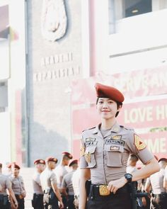 Female Army Soldier, Zootopia Comic, Police Academy, Military Women, Doa, Real Women, Cute Wallpapers, Character Inspiration, Highlight