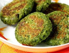 Hara bhara kabab recipe with step by step photos. One of the popular veg kabab recipe from Indian cuisine made with potatoes, spinach and peas veg recipes Indian Appetizers, Indian Snacks, Indian Food Recipes, Indian Foods, Veg Kabab Recipe, Kebab Recipes, Rice Recipes, Aloo Recipes, Pakora Recipes