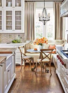 white kitchen + wood + neutrals
