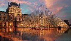 Paris: Le Louvre (via http://www.splashnology.com/article/breathtaking-photos-of-paris/4929/)