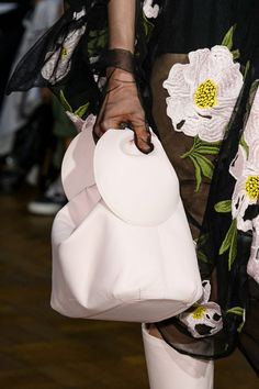 The Best Bags From London Fashion Week Simone Rocha Spring '17