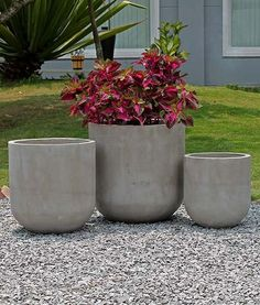 1282 - lightweight concrete pots - Diy And Home Cement Art, Concrete Cement, Concrete Crafts, Concrete Projects, Concrete Garden, Concrete Design, Concrete Planter Boxes, Raised Planter, Greenhouse Gardening