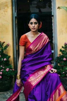 Ultra Violet looks great in handloom saree with pink and orange India Fashion, Ethnic Fashion, Saree Fashion, Indian Attire, Indian Ethnic Wear, Indian Dresses, Indian Outfits, Indian Clothes, Bandeau Outfit
