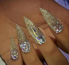 Nail designs or nail art is a really straightforward notion. Nail art is the technique to boost the high quality and appearance of your nails. Sparkle Nails, Fancy Nails, Bling Nails, Gold Nails, Glitter Nails, Cute Nails, Pretty Nails, Gold Glitter, Glitter Force
