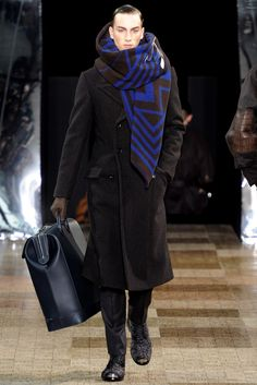 Louis Vuitton Fall 2012 Menswear Fashion Show