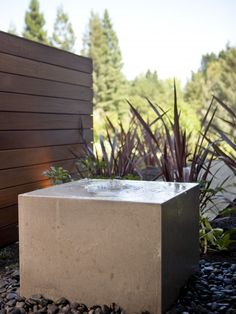 Mininalist water feature and child/pet safe
