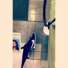 mayukimihira今から2時間姿勢正しく体幹鍛える内腿しめる#がんばる#ナイキ#スニーカーコーデ#免許更新#ootd#fasion