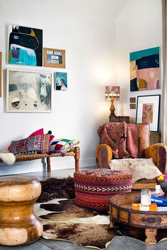Eclectic with pattern on pattern. // Living room