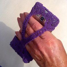 Crochet Phone Cover, Crochet Case, Crochet Hook Set, Crochet Gifts, Diy Crochet, Mobiles En Crochet, Crochet Mobile, Cell Phone Pouch, Phone Cases