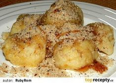 Jablkové bramborové knedlíky Donuts, Eastern European Recipes, What To Cook, Dumplings, Baked Potato, A Table, Mashed Potatoes, Sweet Tooth, French Toast