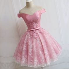 the lace of this pink short satin off the shoulder prom homecoming dress is so elegant !!! perfect for you prom or homecoming,wedding party or any other special occasions! #promdresses #vestidos #vetsidosdefesta #bridesmaid dresses #birthdayparty #sweet16dresses #homecomingdresses #graduationdress #cocktaildresses