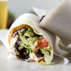 Tequila Lime Chicken & Black Bean Burritos Recipe - ZipList Tweak slightly for lower calories, i. whole wheat tortillas, avacodo vs guacamole Great Recipes, Dinner Recipes, Favorite Recipes, Healthy Recipes, I Love Food, Good Food, Yummy Food, Tasty, Quesadillas